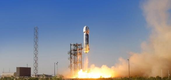 Jeff Bezos' Blue Origin Launches Private Spaceship Test Flight ... - space.com