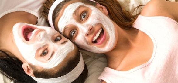 Receita caseira para eliminar cravos escuros da pele