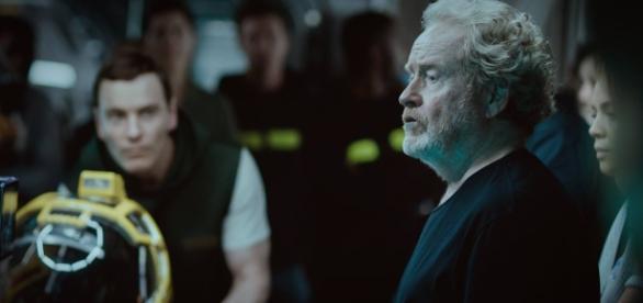 Ridley Scott orientando os atores