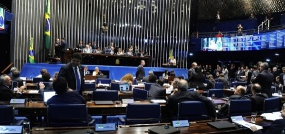 Senadores acham absurdo decisão do STF