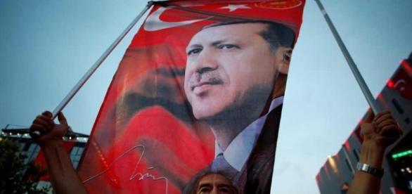 Kontroverse um Pro-Erdogan Demo in Köln   Deutschland   DW.COM ... - dw.com