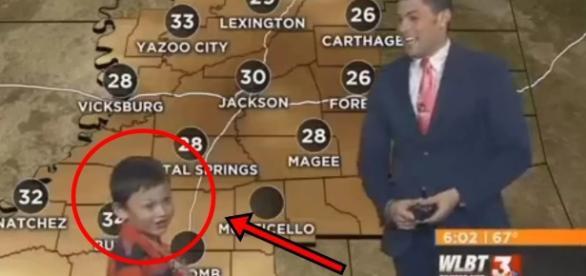 Menino invade previsão do tempo e 'prevê' arrotos e peidos; vídeo hilário