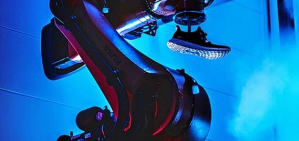 Tus próximas zapatillas Adidas también las harán unos robots ... - digitaltrends.com