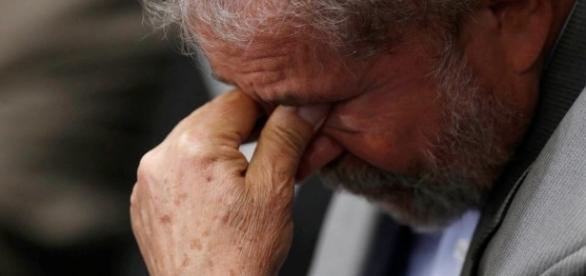 Ex-presidente Lula tentou angariar apoio da empreiteira Odebrecht para os negócios de seu filho Luís Cláudio