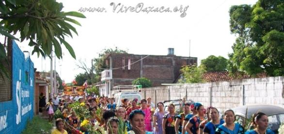 Las regadas y convites en Juchitán y el Istmo, una tradición centenaria.