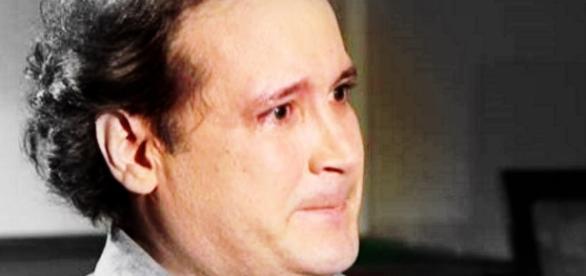 Ex-Menudo chora ao revelar abuso