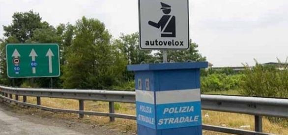 Autovelox, multe annullate. Le prove dell'adeguata segnalazione spettano all'amministrazione.