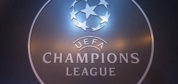El emblema de Champions League 2016 -2017.