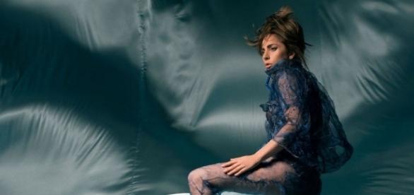 Lady Gaga lança novo hit ao seu retorno ao pop