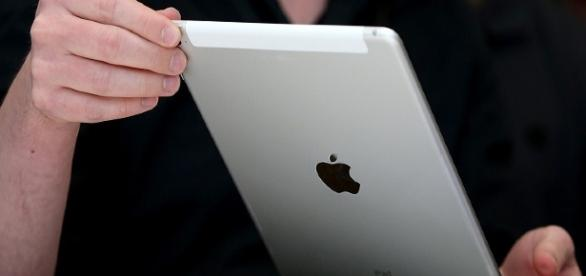 Apple Will Upgrade Your 4th-Generation iPad To An iPad Air 2 If ... - techtimes.com
