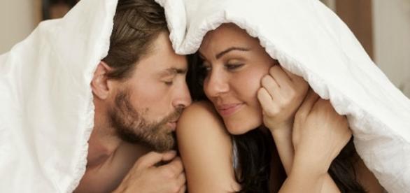 As mulheres, se forem estimuladas do modo certo, podem ter tanto interesse em sexo quanto os homens