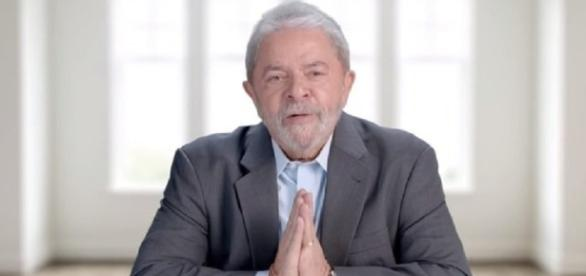 Ex-presidente é visto como o candidato da política
