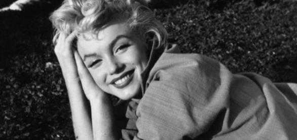 O sorriso de Marilyn, uma defesa para a sua infelicidade.