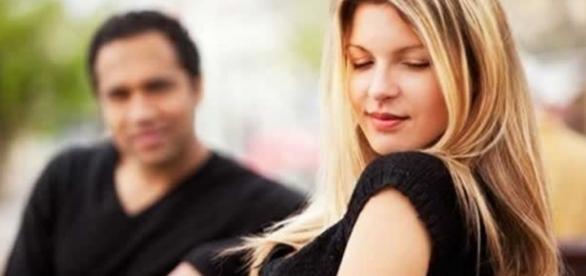 Quanto mais natural a mulher parecer, mais sedutora ela será e, assim, terá muitos homens gamados e caidinhos aos seus pés o tempo todo