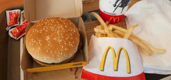 The McDonald's Co. (MCD) Shares Sold by UBS Asset Management ... - linkwaylive.com