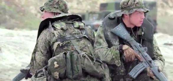 Japon : une armée retrouvée ? | ARTE Info - arte.tv