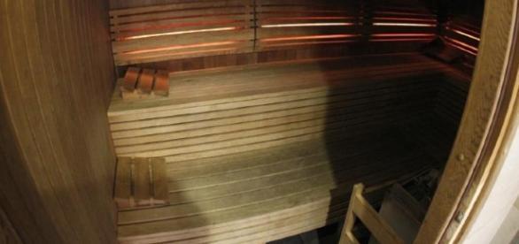Mãe e filha morrem dentro de uma sauna