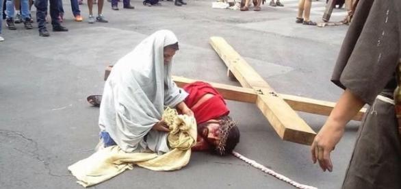 """Marlen Belmont Moreno """"momento de limpiar el rostro a Jesús"""""""