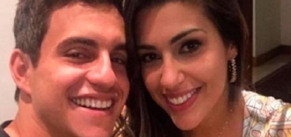 Vivian e Manoel reataram romance que começou na casa do BBB 17