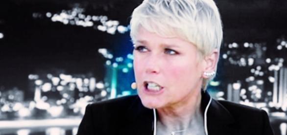 Xuxa leva esporro após gritar muito