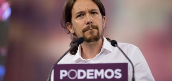 """Il leader di Podemos Iglesias lascia Strasburgo """"per vincere le ... - repubblica.it"""