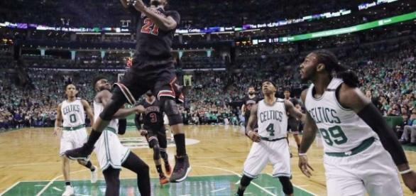 Los Bulls tomaron ventaja sorpresiva de 2-0 ante los Celtics