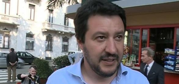 """Mariano Comense, il prete durante la messa: """"O si sta con Salvini ... - espansionetv.it"""