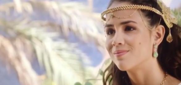 Princesa Kassaia ganha o público com sua doçura (Foto: Reprodução/Record TV)