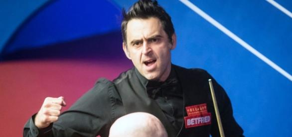 Ronnie O'Sullivan takes aim at World Snooker supremo Barry Hearn ... - mirror.co.uk