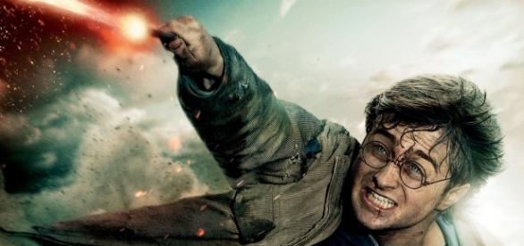 J.K.Rowling teria utilizado um recurso sutil para dar pistas da introdução das Relíquias da Morte na história de Harry Potter.