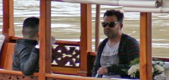 Jorge Javier Vázquez con su novio Paco en un barco - La vida de ... - bekia.es