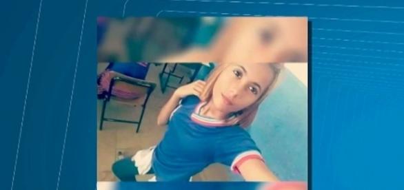 Ana Vitória, de 15 anos, se suicidou ao se atirar no Rio São Francisco (Foto: Reprodução/Rede Social)