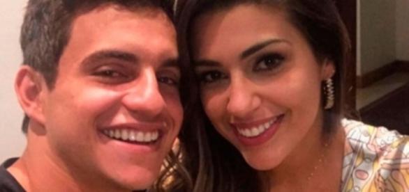 Vivian e Manoel não definiram o relacionamento, após saírem do BBB17