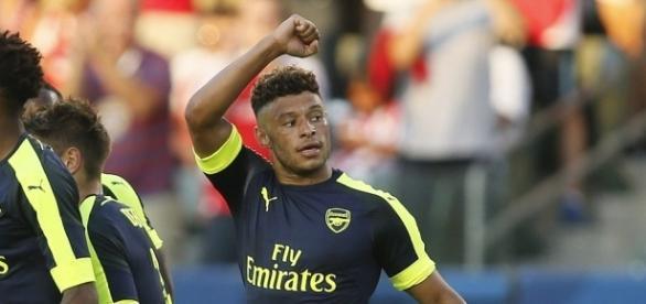 Arsenal 3-1 Chivas: Alex Oxlade-Chamberlain's wonderstrike the ... - dailymail.co.uk