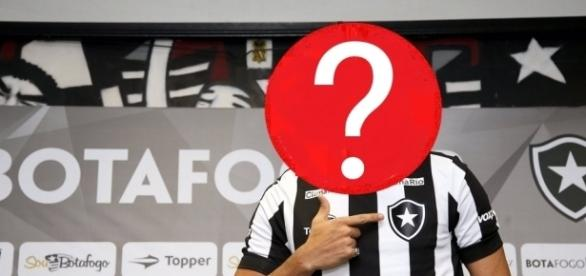 Jogador pode pintar no Botafogo na terça-feira