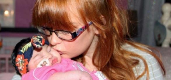 Analee Gibney não desiste de sua bebê