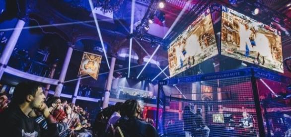 Le Red Bull Kumite revient à Paris en 2017 ! SF5 Teaser - redbull.com