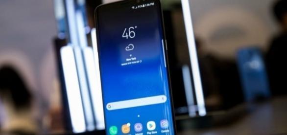 Samsung Galaxy S8 Update: Verizon & T-Mobile Models Get New ... - inquisitr.com