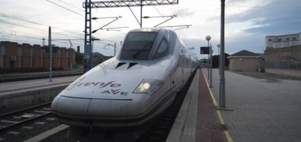Donde el AVE no llega: ciudades a la espera del tren más rápido ... - elpais.com