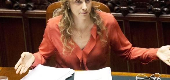 Rinnovo contratti statali, è attesa per l'atto di indirizzo del ministro Madia