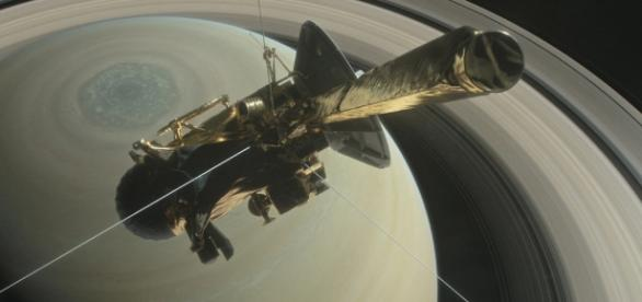 Cassini spacecraft starts weaving between Saturn and its rings ... - scpr.org