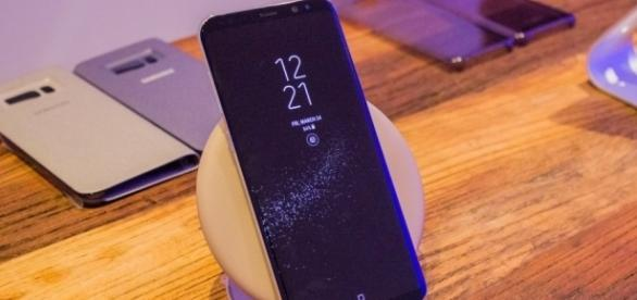 Following Red Tint, Widespread Galaxy S8 Wireless Charging Issues ... - wccftech.com