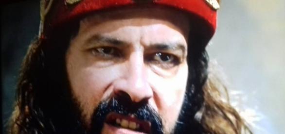 Nabucodonosor diz que vai executar Nitócris (Foto:Reprodução/Record TV)