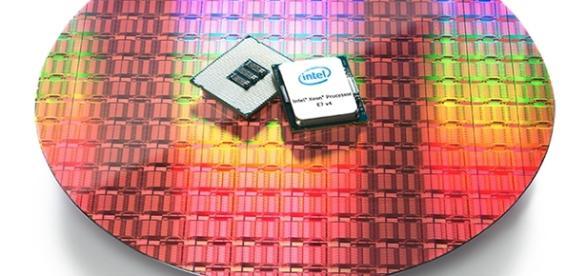 Intel debuts gold & platinum series Xeon processors (anandtech.com)