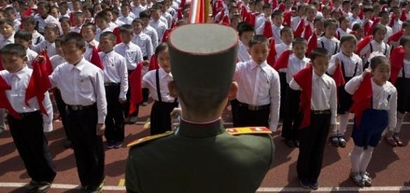 Liga juvenil norte-coreana estaria pronta para lançar ataques nucleares contra os EUA e seus aliados, alertou um porta-voz da instituição
