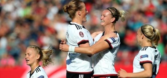 Olympia: DFB-Frauen vs. Australien und Kanada - sport.de