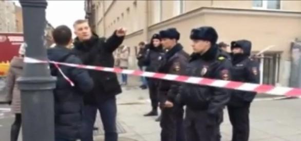 La policía rusa evacúa la zona de la explosión