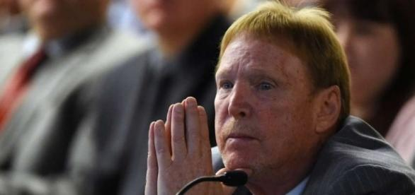 Photo of Mark Davis, owner of the Oakland Raiders - ramsfansunited.com