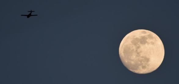 Ce lundi, la Lune sera géante - Science - RFI - rfi.fr