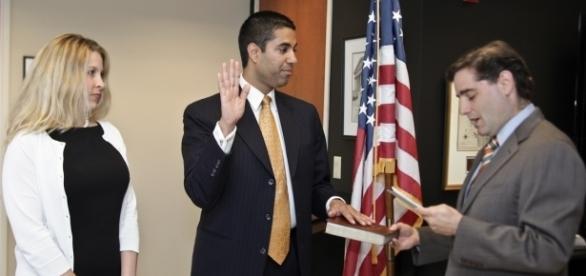FCC chairman Ajit Pai takes the oath in January. (Photo via Wikimedia Commons)